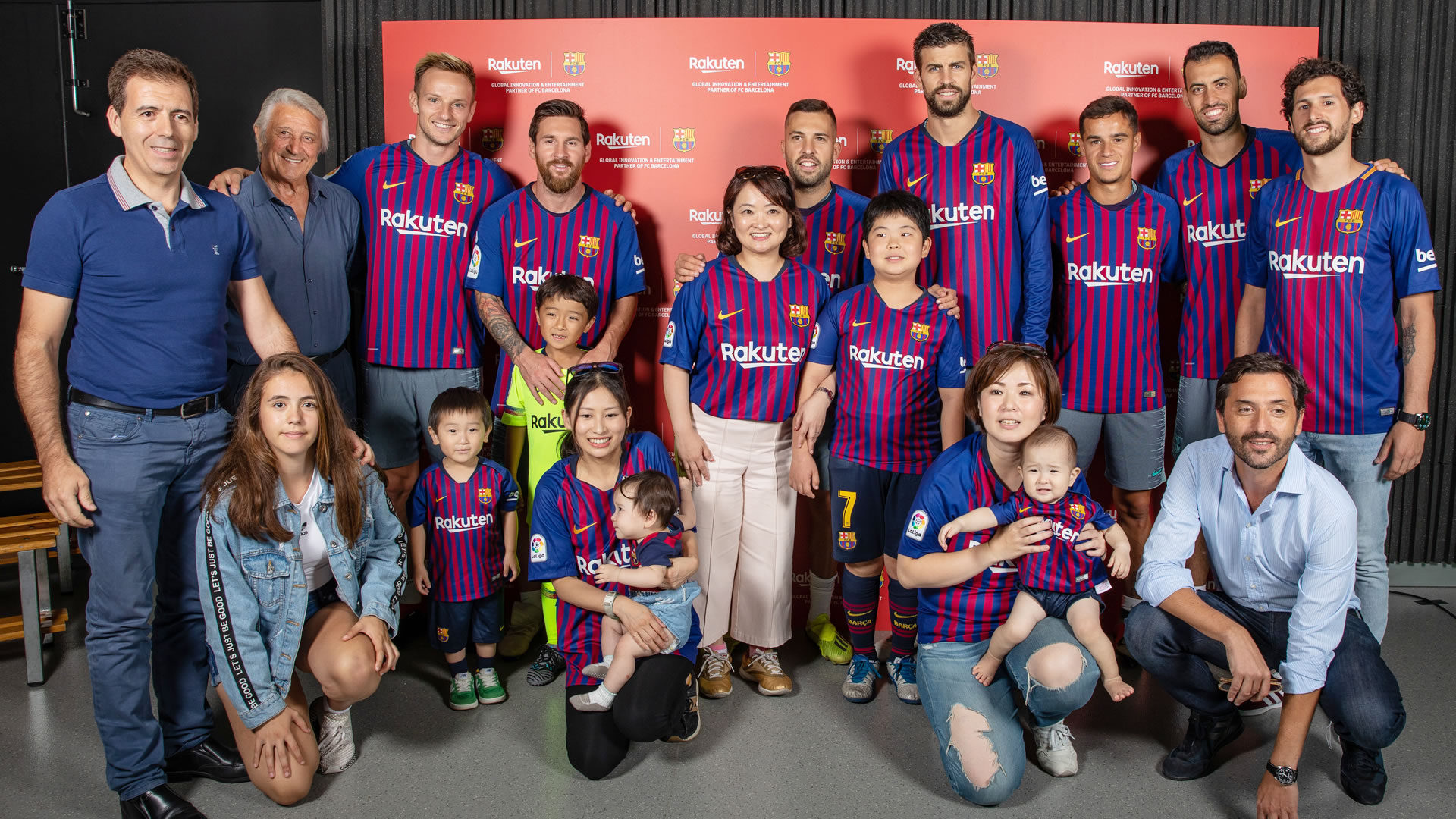 Rakuten Mamawari & FC Barcelona Make Dreams Come True